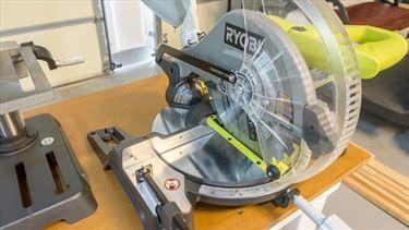 Ryobi 10 Inch Compound Miter Saw Review - Home